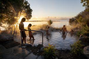 Polynesian Spa deluxe lake spa.